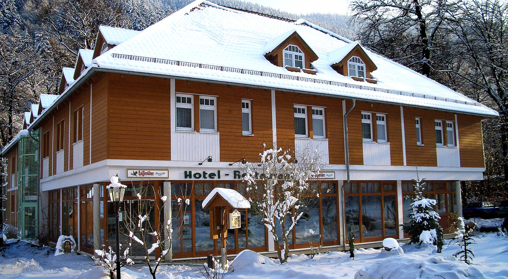 Unser Hotel im Winter